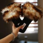 _DENASHOESHow to buy wholesale fuzzy slippers